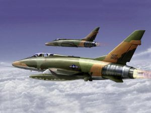 1:72 Trumpeter 01650 F-100F S.SABRE
