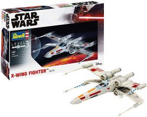 1:57 Revell 06779 X-wing Fighter