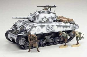 1:35 Tamiya: M4A3 Sherman 105mm (35251)