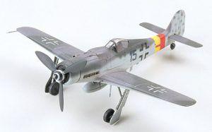 1:72 Tamiya: Focke-Wulf Fw190D-9 (60751)